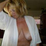 candaulisme avec cougar sexy et coquine 014