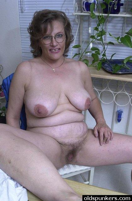 chaude cougar sexe en photo 178
