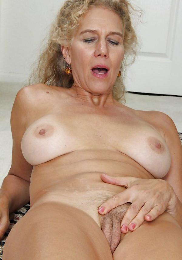photo pour s'exciter devant sexe maman nue du 04