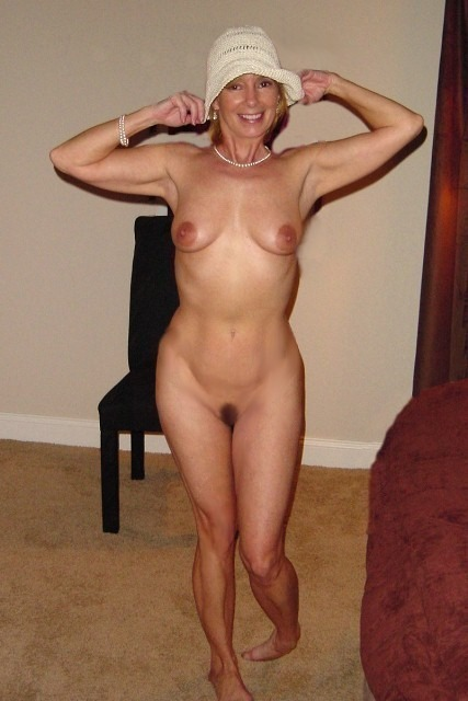 chaude cougar sexe en photo 083