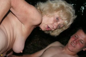 envie de tchat et sexe avec une mature coquine 008