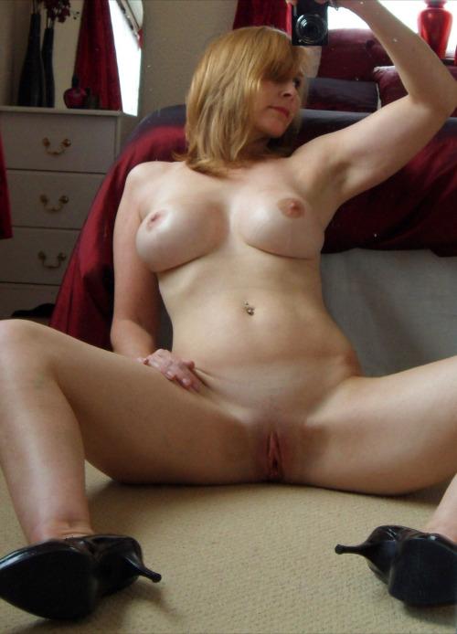 Petit moment sexe dans le 38 avec maman cougar